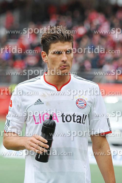 31.03.2012, Easy-Credit-Stadion, Nuernberg, GER, 1. FBL, 1. FC Nuernberg vs FC Bayern Muenchen, 28. Spieltag, im Bild Mario Gomez (Bayern Muenchen) wirkt nach dem Spiel gegen den 1. FC Nuernberg nachdenklich. Portrait/ Portraet // during the German Bundesliga Match, 28th Round between 1. FC Nuernberg and FC Bayern Munich at the Easy-Credit-Stadium, Nuernberg, Germany on 2012/03/31. EXPA Pictures © 2012, PhotoCredit: EXPA/ Eibner/ Matthias Merz..***** ATTENTION - OUT OF GER *****