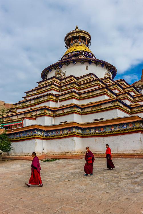 Kumbum Stupa (the largest stupa in Tibet), Palcho Monastery, Gyangze, Tibet (Xizang), China.