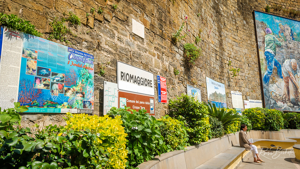 Welcome sign and mural at the Riomaggiore train station, Cinque Terre, Liguria, Italy