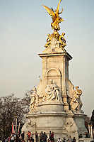 Victoria Memorial in front of Buckingham Palace, London, England.