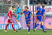 UTRECHT - FC Utrecht - Feyenoord , Voetbal , Seizoen 2015/2016 , Eredivisie , Stadion de Galgenwaard  , 28-02-2016, Speler van Feyenoord Tonny Vilhena (m) viert zijn doelpunt voor de 1-1 terwijl FC Utrecht speler Rico Strieder (l) en FC Utrecht speler Robbin Ruiter (2e l) balen