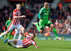 STOKE-ON-TRENT, ENGLAND - Saturday, April 30, 2016: Sunderland's Wabi Khazri in action against Stoke City during the FA Premier League match at the Britannia Stadium. (Pic by David Rawcliffe/Propaganda)