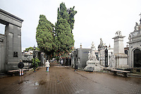 Arriving on a rainy day, the Recoleta Cemetery was both dismal and disappointing.  Numerous, beautiful sculptures were everywhere, but weather just wouldn't oblige us that morning.  We did get to view the tomb of Eva Peron, even though we didn't have good enough weather to view all the magnificant sculptures.