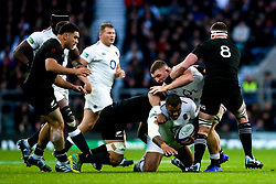 Kyle Sinckler of England is tackled - Mandatory by-line: Robbie Stephenson/JMP - 10/11/2018 - RUGBY - Twickenham Stadium - London, England - England v New Zealand - Quilter Internationals
