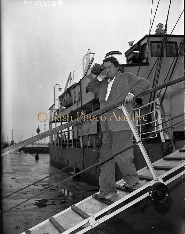 Brendan Behan in Connemara, In Ireland. 10/06/1959