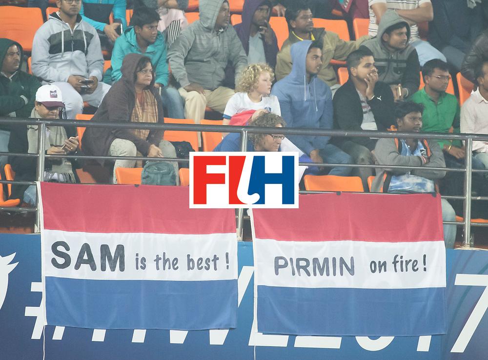 BHUBANESWAR - Oranje supporters   tijdens de Hockey World League Final wedstrijd Belgie-Nederland (3-0).   COPYRIGHT KOEN SUYK