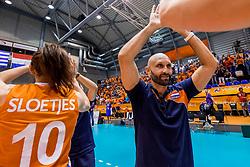 26-08-2017 NED: World Qualifications Netherlands - Slovenia, Rotterdam<br /> De Nederlandse volleybalsters plaatsten zich eenvoudig voor het WK volgend jaar in Japan. Ook Sloveni&euml; wordt met 3-0 verslagen / Coach Jamie Morrison