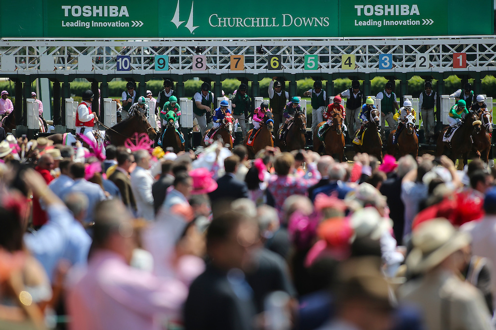 LOUISVILLE, KY - MAY 06: Horses break the starters gate in a race leading up to the 142nd running of the Kentucky Oaks at Churchill Downs on May 06, 2016 in Louisville, Kentucky. (Photo by Michael Reaves/Getty Images)