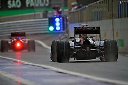 Carros de diversas equipes durante os treinos preparatórios para o Grande Prêmio do Brasil, em São Paulo em 06 de novembro de 2010. FOTO: Jefferson Bernardes/Preview.com