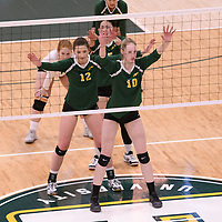 2nd year middle blocker Brooklyn Reynolds (10) of the Regina Cougars in action during Women's Volleyball home game on January 13 at Centre for Kinesiology, Health and Sport. Credit: Arthur Ward/Arthur Images 2018