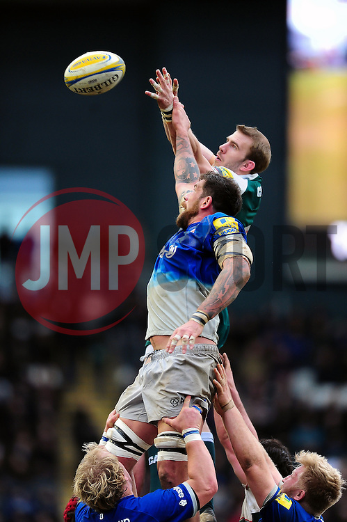 Jim Hamilton of Saracens competes with Tom Croft of Leicester Tigers for the ball at a lineout - Mandatory byline: Patrick Khachfe/JMP - 07966 386802 - 20/03/2016 - RUGBY UNION - Welford Road - Leicester, England - Leicester Tigers v Saracens - Aviva Premiership.