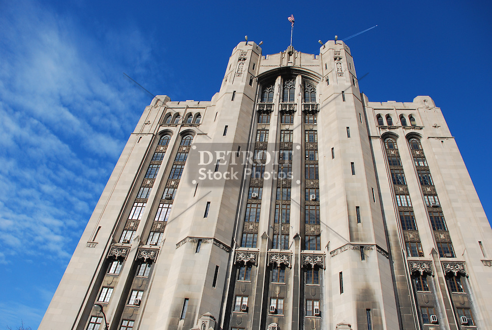 The Detroit Masonic Temple was designed by George Mason, one of Detroit's premier architects of the time. The cornerstone was placed on September 19, 1922 using the same trowel that George Washington had used to set the cornerstone of the United States Capitol in Washington D.C.. The building was dedicated on Thanksgiving Day, 1926. The building contains 14 floors and has 1037 units/rooms inside. The building also serves as headquarters to fifty Detroit-area Masonic organizations.