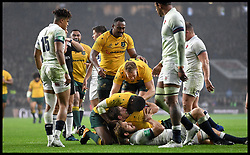 November 18, 2017 - London, London, United Kingdom - Image ©Licensed to i-Images Picture Agency. 18/11/2017. London, United Kingdom. England v Australia- Autumn Internationals. Australia Captain Michael Hooper scores a try, which was disqualified  against  England in  the Autumn International match at Twickenham, London. (Credit Image: © Andrew Parsons/i-Images via ZUMA Press)