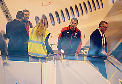 ADELAIDE, AUSTRALIA - Saturday, July 18, 2015: Liverpool's manager Brendan Rodgers and Managing Director Ian Ayre step off the plane as the squad arrive at Adelaide Airport ahead of a preseason friendly match against Adelaide United on day six of the club's preseason tour. (Pic by David Rawcliffe/Propaganda)