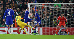 LONDON, ENGLAND - Wednesday, December 10, 2014: Sporting Clube de Portugal's Jonathan Silva scores the first goal against Chelsea during the final UEFA Champions League Group G match at Stamford Bridge. (Pic by David Rawcliffe/Propaganda)