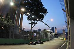 Motorsports / Formula 1: World Championship 2010, GP of Singapore, 17 Jaime Alguersuari (ESP, Scuderia Toro Rosso),