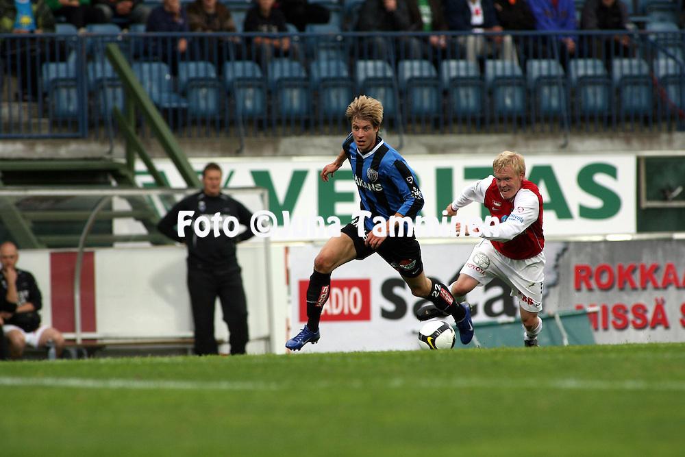 14.07.2008, Veritas stadion, Turku, Finland..Veikkausliiga 2008 - Finnish League 2008.FC Inter Turku - Myllykosken Pallo-47.Sami Sanevuori (Inter) v Jarno Tuunainen (MyPa).©Juha Tamminen.....ARK:k