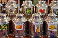 Sri Lanka, province du centre, Nuwara Eliya, boutique de thé// Sri Lanka, Ceylon, Central Province, Nuwara Eliya, tea shop