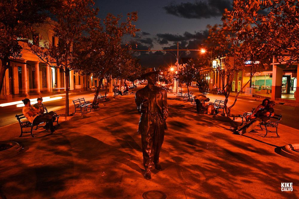 Statue of Cuban musician Benny More at El Prado Avenue