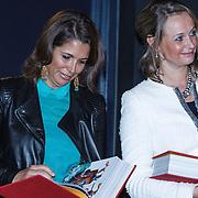 NLD/Amsterdam/20131112 - Presentatie DE Sinterklaasboeken, ......... en Lizette Lulofs