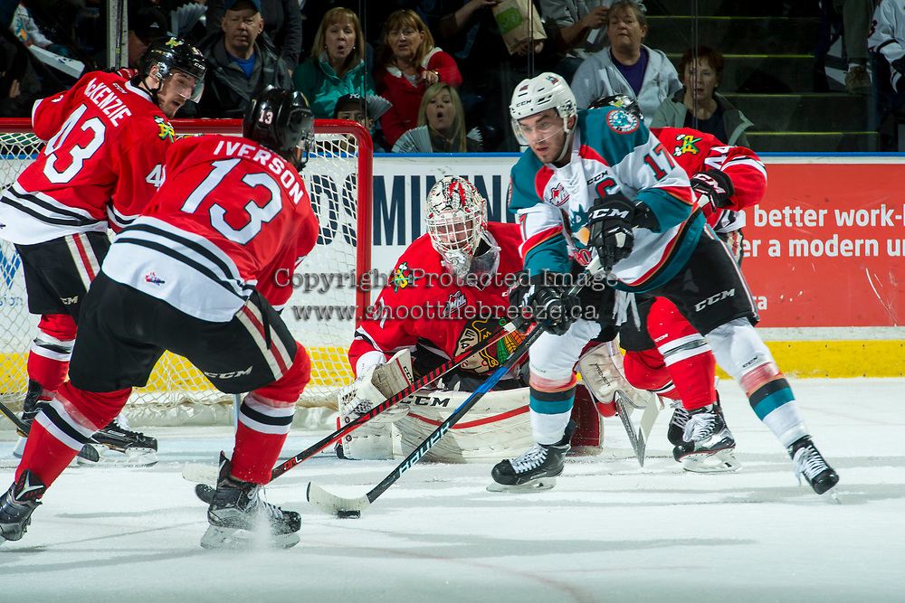 KELOWNA, CANADA - APRIL 7: Cole Kehler #31 of the Portland Winterhawks defends the net behind Rodney Southam #17 of the Kelowna Rockets on April 7, 2017 at Prospera Place in Kelowna, British Columbia, Canada.  (Photo by Marissa Baecker/Shoot the Breeze)  *** Local Caption ***