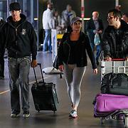 NLD/Schiphol/20120502 - Lorenzo Lamas en partner Shawna Graig arriveren op Schiphol