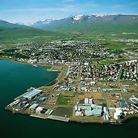 Akureyri, Tanginn fremst Súlur og Hlíðarfjall í bakgrunni..Akureyri. Mount Sulur left n background - Hlidarfjall in middle and right.