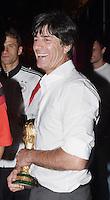 FUSSBALL WM 2014                       FINALE   Deutschland 1-0 Argentinien     13.07.2014 DFB-WM Party nach dem Finale im Hotel Sheraton Rio de Janeiro: Bundestrainer Joachim Loew mit WM Pokal