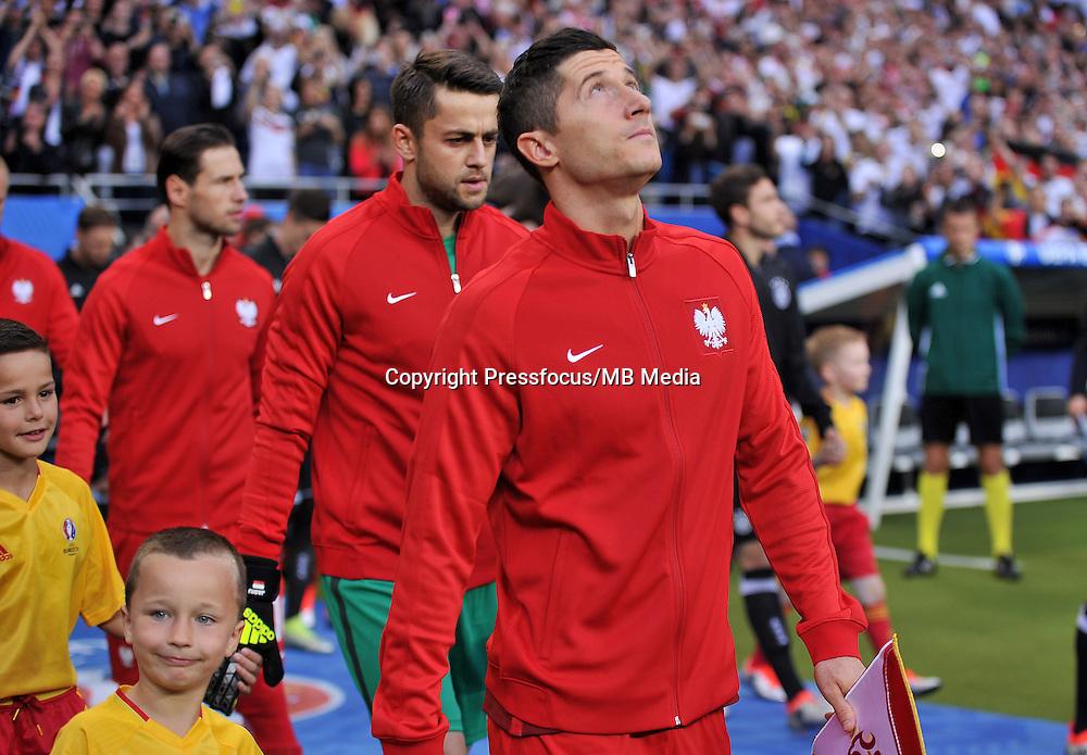 2016.06.16 Saint-Denis<br /> Pilka nozna Euro 2016<br /> mecz grupy C Polska - Niemcy<br /> N/z Robert Lewandowski<br /> Foto Lukasz Laskowski / PressFocus<br /> <br /> 2016.06.16 Saint-Denis<br /> Football UEFA Euro 2016 group C game between Poland and Germany<br /> Robert Lewandowski<br /> Credit: Lukasz Laskowski / PressFocus