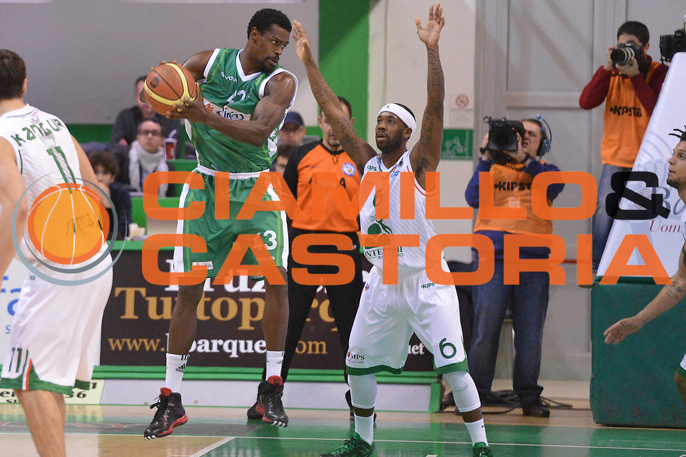 DESCRIZIONE : Siena Lega A 2012-13 Montepaschi Siena Sidigas Avellino<br /> GIOCATORE : Bobby Brown<br /> CATEGORIA : controcampo difesa<br /> SQUADRA : Montepaschi Siena<br /> EVENTO : Campionato Lega A 2012-2013 <br /> GARA :  Montepaschi Siena Sidigas Avellino<br /> DATA : 03/12/2012<br /> SPORT : Pallacanestro <br /> AUTORE : Agenzia Ciamillo-Castoria/GiulioCiamillo<br /> Galleria : Lega Basket A 2012-2013  <br /> Fotonotizia : Siena Lega A 2012-13 Montepaschi Siena Sidigas Avellino<br /> Predefinita :