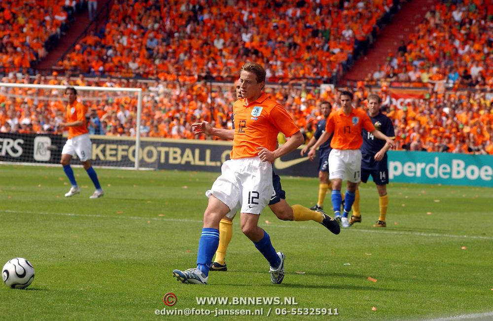 NLD/Rotterdam/20060604 - Vriendschappelijke wedstrijd Nederland - Australie, Jan Kromkamp (12)