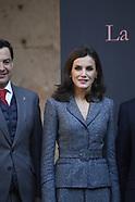 120519 Queen Letizia visits La Alhambra