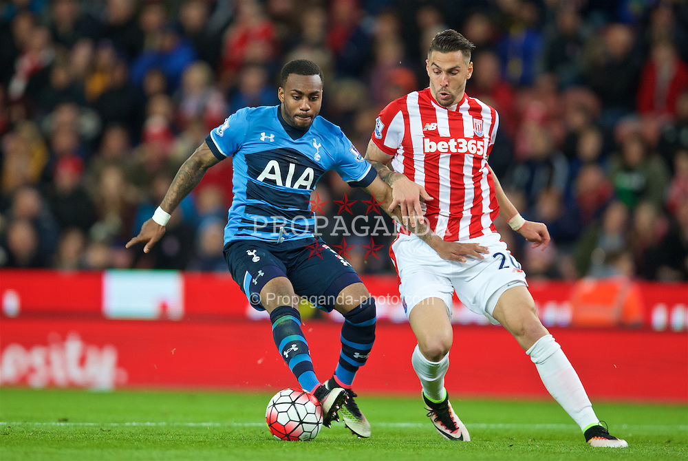 STOKE-ON-TRENT, ENGLAND - Monday, April 18, 2016: Tottenham Hotspur's Danny Rose and Stoke City's Geoff Cameron penalty area during the FA Premier League match at the Britannia Stadium. (Pic by David Rawcliffe/Propaganda)