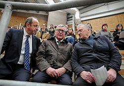 Scottish Government Cabinet Secretary for Rural Affairs Fergus Ewing MSP met farmers ahead of the Brexit deadline on a visit to the cattle sales in Stirling.<br /> <br /> &copy; Dave Johnston / EEm