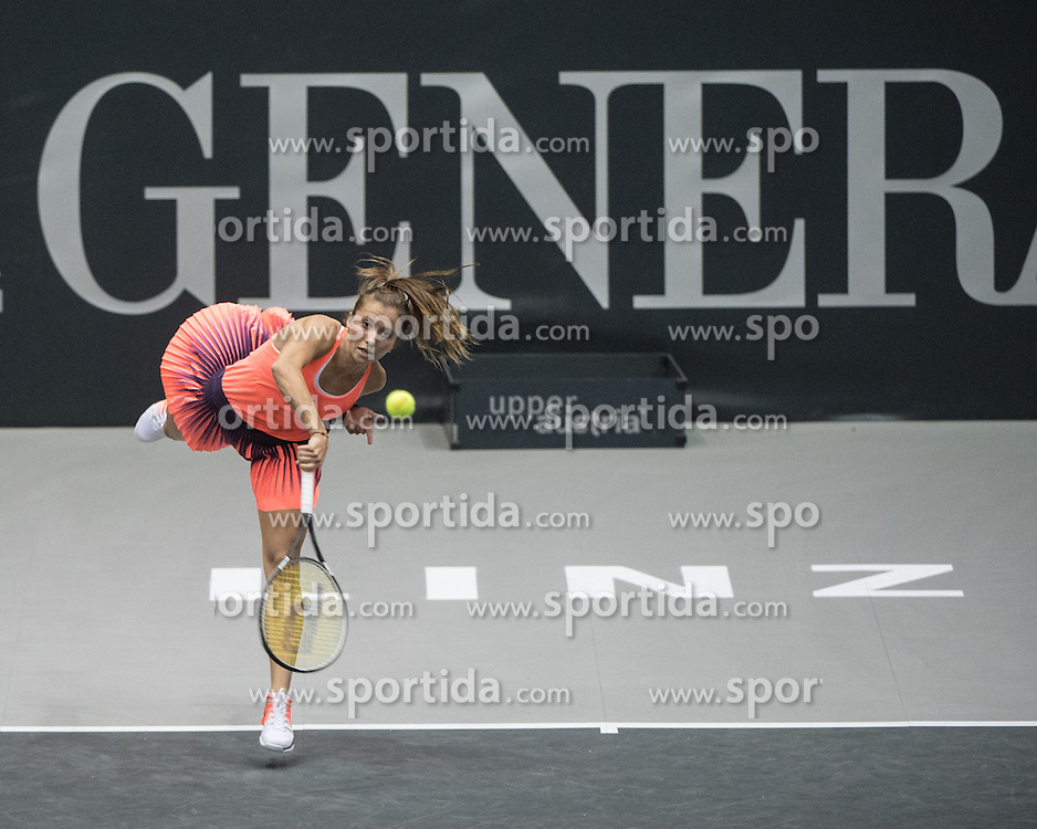13.10.2016, TipsArena, Linz, AUT, WTA Tour, Generali Ladies Linz, Achtelfinale, Einzel, im Bild Annika Beck (GER) // Annika Beck of Germany during round of 16 singles match of WTA Generali Ladies Linz, Tennis Tournament at the TipsArena in Linz, Austria on 2016/10/13. EXPA Pictures © 2016, PhotoCredit: EXPA/ Reinhard Eisenbauer