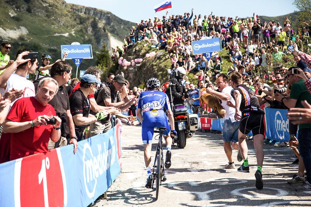 Photo: Eloise Mavian - Tornanti.cc / BrakeThrough Media  brakethroughmedia.com