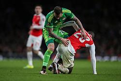 Steven Fletcher of Sunderland and Joel Campbell of Arsenal wrestle for the ball - Mandatory byline: Jason Brown/JMP - 07966386802 - 09/01/2016 - FOOTBALL - Emirates Stadium - London, England - Arsenal v Sunderland - The Emirates FA Cup