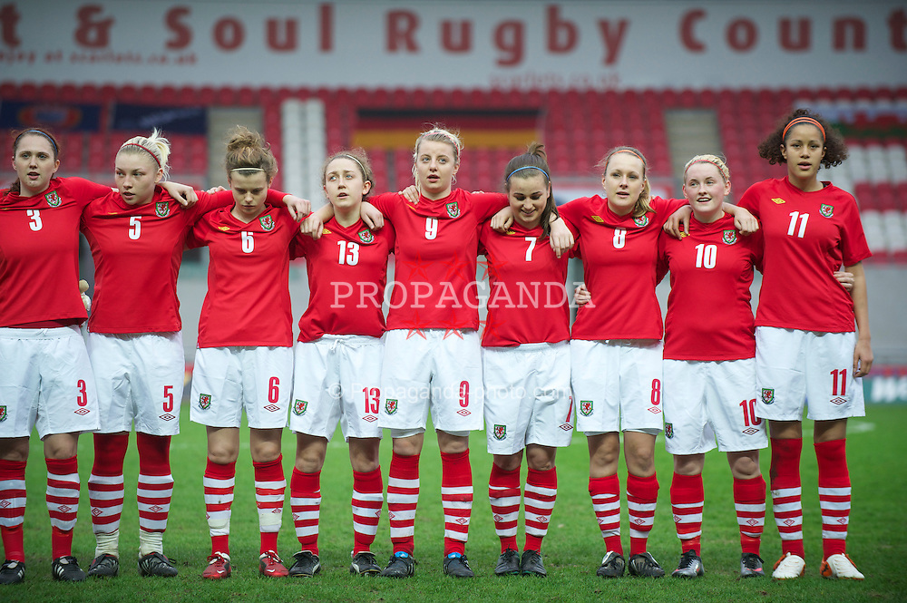 LLANELLI, WALES - Thursday, March 31, 2011: Wales' players before the UEFA European Women's Under-19 Championship Second Qualifying Round (Group 3) match against Germany at Parc Y Scarlets. L-R: Jasmin Dutton, Lauren Price, Hayley Ladd, Sophie Davies, Hannah Keryakopolis, Megan Wynne, Josie Green, Rachel Rowe, Ellis Parsons. (Photo by David Rawcliffe/Propaganda)