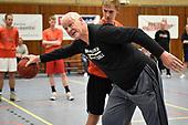 Voomalig NBA-center Sven Nater geeft clinic in Soest
