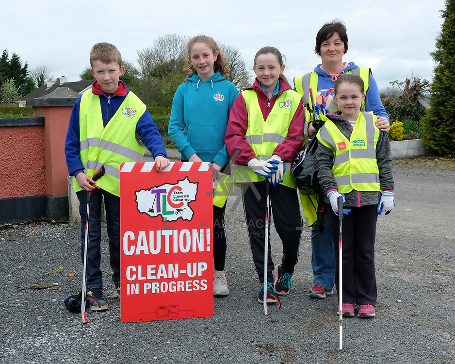 14/04/2017<br /> Europe&rsquo;s biggest ever one-day clean-up took place in Limerick today, Friday 14 April. Over 16,500 people took to the streets of Limerick city and county to take part in the occasion.<br /> Pictured taking part in the Team Limerick Clean-Up at Effin were, Padraig O'Dwyer (9), Aoife McNamara (11), Claire Power (11), Mary Power and Fiona Power (9).<br /> Pic: Don Moloney/Alan Place Photography