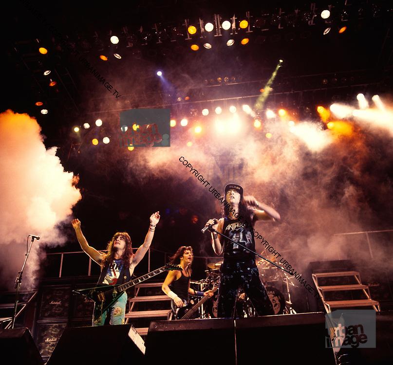Anthrax (1982-1991) - Página 4 Anthrax-U02037