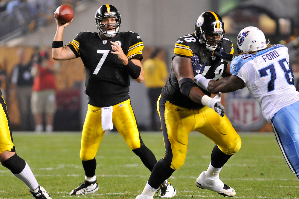 Sept 10, 2009; Pittsburg, PA, USA; Pittsburgh Steelers quarterback Ben Roethlisberger (7) with protection from offensive tackle Max Starks (78) from Tennessee Titans defensive end Jacob Ford (78) during the second quarter at Heinz Field.  Mandatory Credit: Jason Miller-US PRESSWIRE