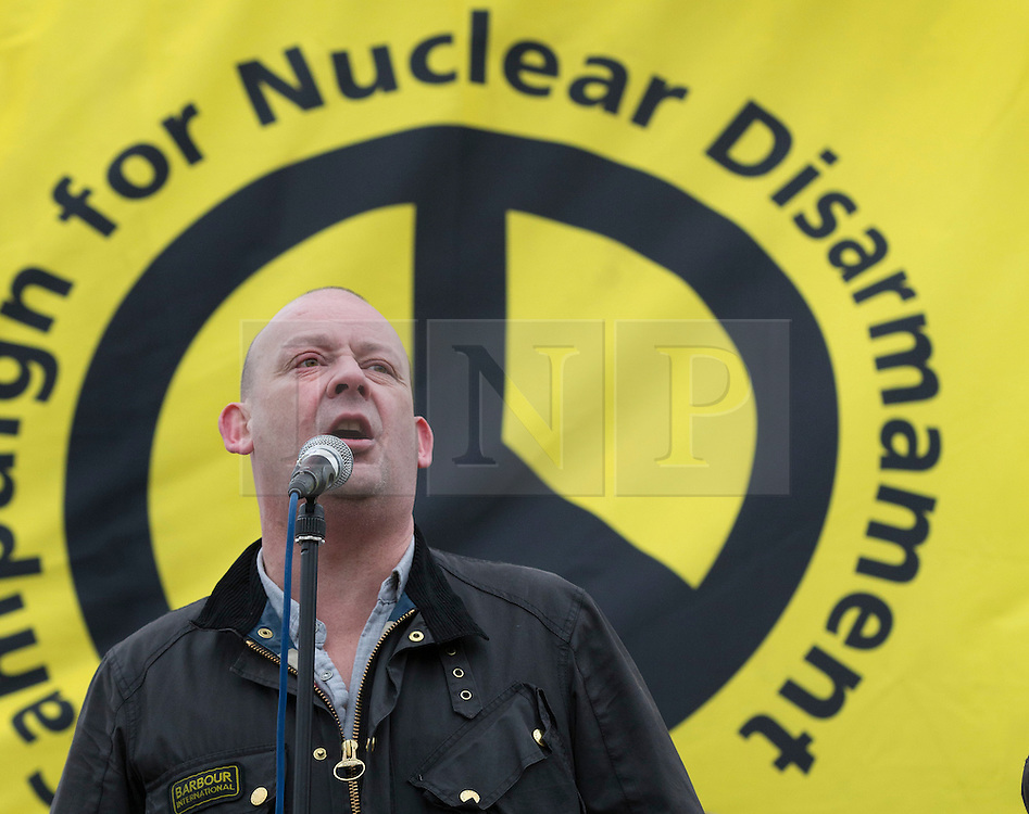 © Licensed to London News Pictures. 27/02/2016. London, UK. Campaigner Giles Fraser speaks at a CND rally in Trafalgar Square. Thousands of protestors calling for the Trident nuclear deterrent to be scrapped have marched from Hyde Park to hear speeches from senior politicians and other campaigners. Photo credit: Peter Macdiarmid/LNP