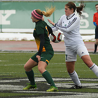 3rd year forward Brianna Wright (7) of the Regina Cougars in action during the Women's Soccer road trip to Saskatoon on October 9 at Griffiths Stadium. Credit: Arthur Ward/Arthur Images