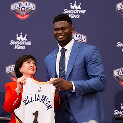 Jun 21, 2019; New Orleans, LA, USA; New Orleans Pelicans owner Gayle Benson looks up to Zion Williamson the first overall selection in the NBA Draft as they pose with his jersey during an introductory press conference at the New Orleans Pelicans Training Facility. Mandatory Credit: Derick E. Hingle-USA TODAY Sports