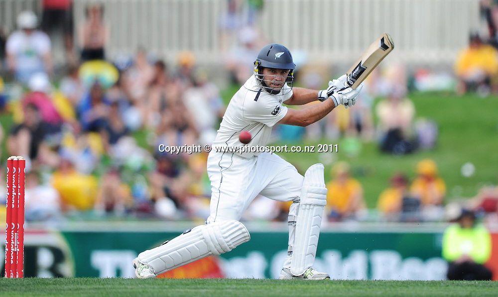 Dean Brownlie batting on Day 1 of the second cricket test between Australia and New Zealand Black Caps at Bellerive Oval in Hobart, Friday 9 December 2011. Photo: Andrew Cornaga/Photosport.co.nz