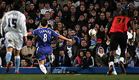 Photo: Paul Thomas.<br /> Chelsea v Wycombe Wanderers. Carling Cup, Semi Final 2nd Leg. 23/01/2007.<br /> <br /> Frank Lampard (8) of Chelsea scores.