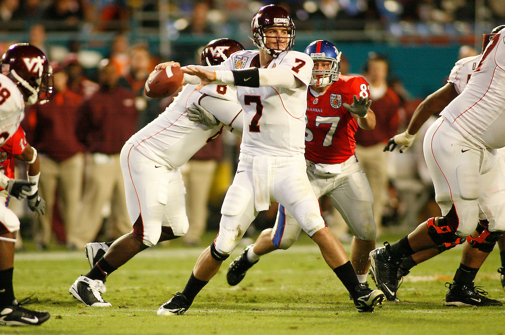 January 3, 2008 - Miami Gardens, FL<br /> <br /> Sean Glennon #7 of the Virginia Tech Hokies in action during Kansas' 24-21 victory over Virginia Tech in the 2008 Orange Bowl Classic at Dolphin Stadium in Miami Gardens, Florida.<br /> <br /> JC Ridley/CSM