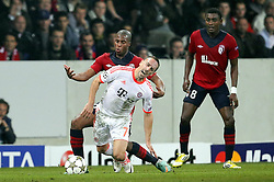 23.10.2012, Grand Stade Lille Metropole, Lille, OSC Lille vs FC Bayern Muenchen, im Bild foul von Djibril SIDIBE (OSC Lille - 15) an Franck RIBERY (FC Bayern Muenchen - 7) // during UEFA Championsleague Match between Lille OSC and FC Bayern Munich at the Grand Stade Lille Metropole, Lille, France on 2012/10/23. EXPA Pictures © 2012, PhotoCredit: EXPA/ Eibner/ Gerry Schmit..***** ATTENTION - OUT OF GER *****