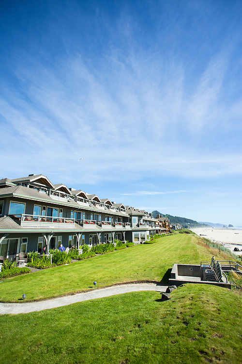 Photo of Stephanie Inn in Cannon Beach, OR.